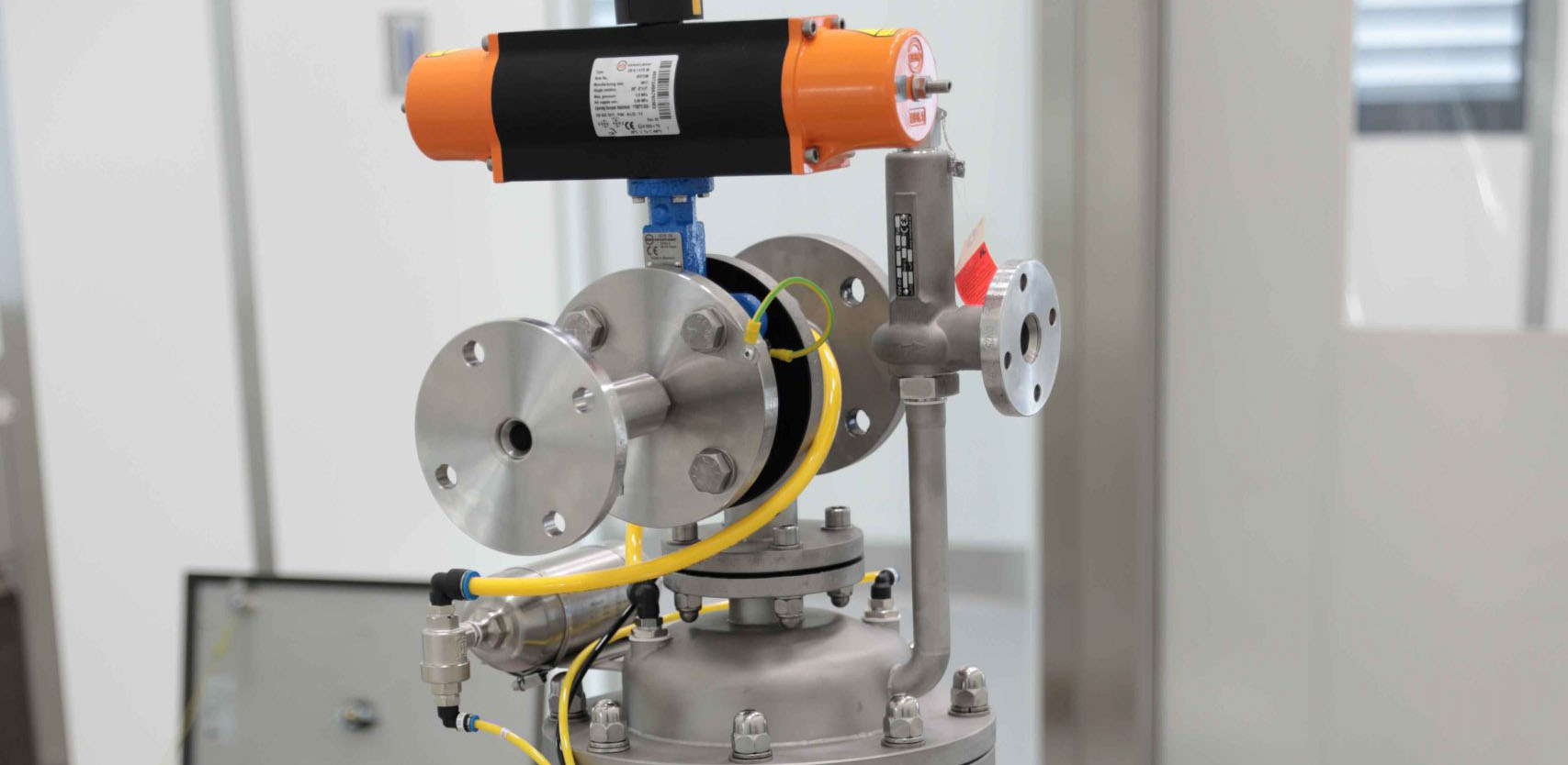 Photo of special Multijector Pump with INEX conveyor